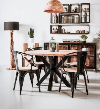 Crecida nieuwe meubels (1)